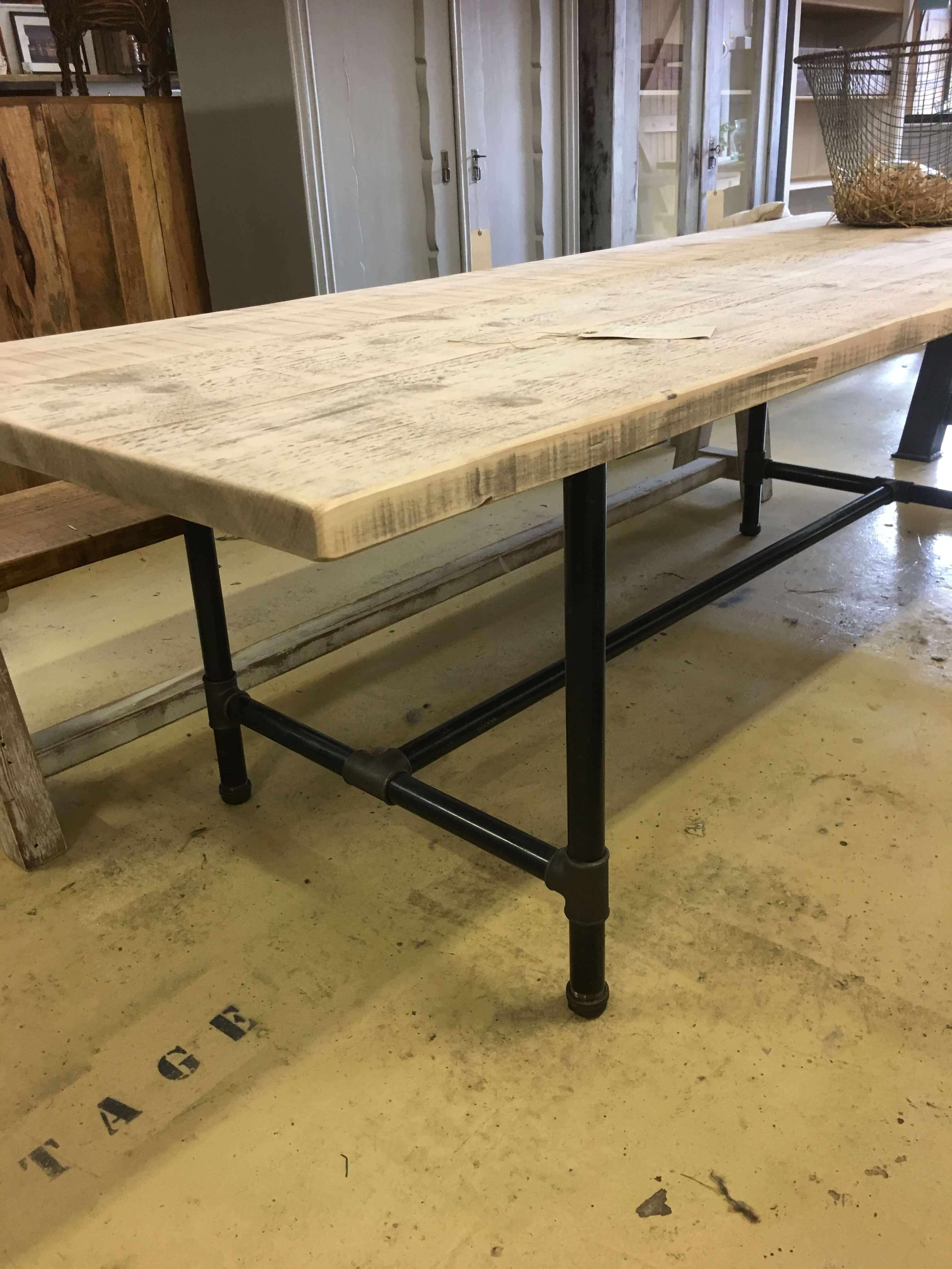 Metal base dining table — Ark Vintage Vintage Retro